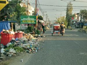 Sampah di Kel. Kayujati