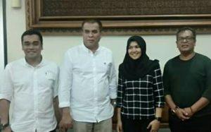 Suheri - Atika diapit Ketua dan Sekretaris PKB Madina